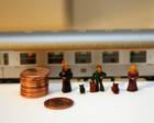 Miniatyyrikokoisia ihmisiä